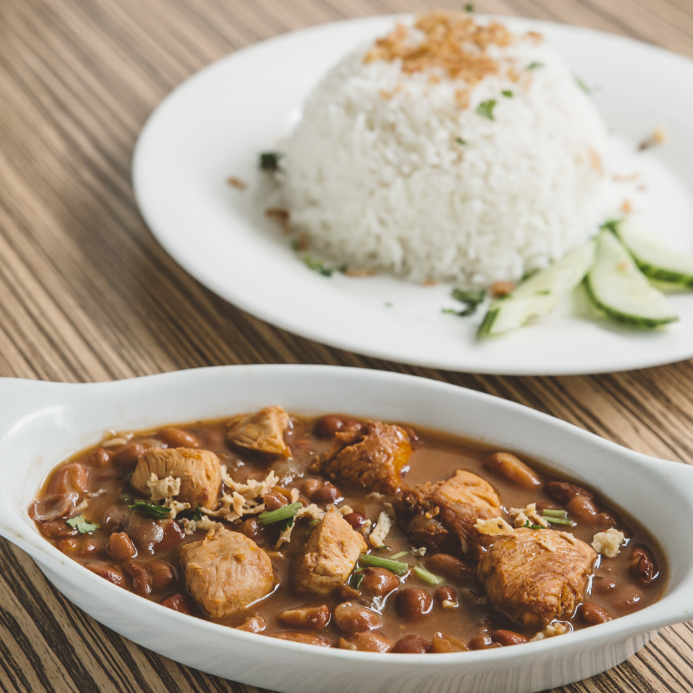 WMbruine-bonen-met-kipfilet-n-en-rijst