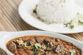 WMbruine-bonen-met-rund-en-rijst